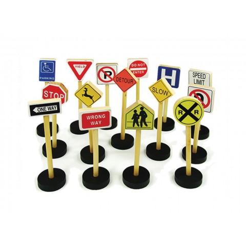 Ahşap Trafik İşaretleri