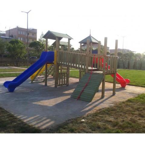Ahşap Dört Kule Naturel Oyun Parkı